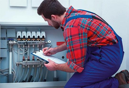 Technicien spécialiste en plomberie disponible 24h/7