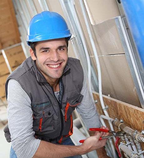 plombiers expérimentés avec la certification CMMTQ et RBQ